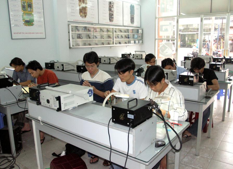Trung tâm dạy sửa chữa laptop Tphcm