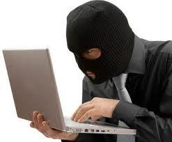 """Tệ nạn """"luộc"""" đồ của thợ sửa chữa laptop. Phòng tránh và lặt tẩy."""