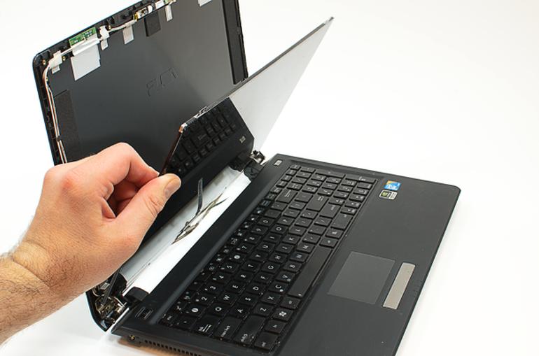 laptop-LCD-screen-repair