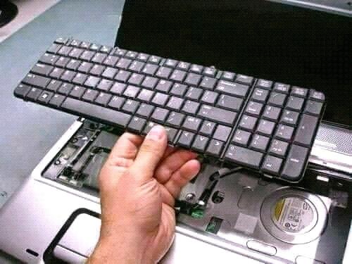 Thay bàn phím Laptop Quận 3